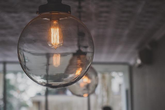 Quelles ampoules utiliser pour baisser votre facture d'électricité ?