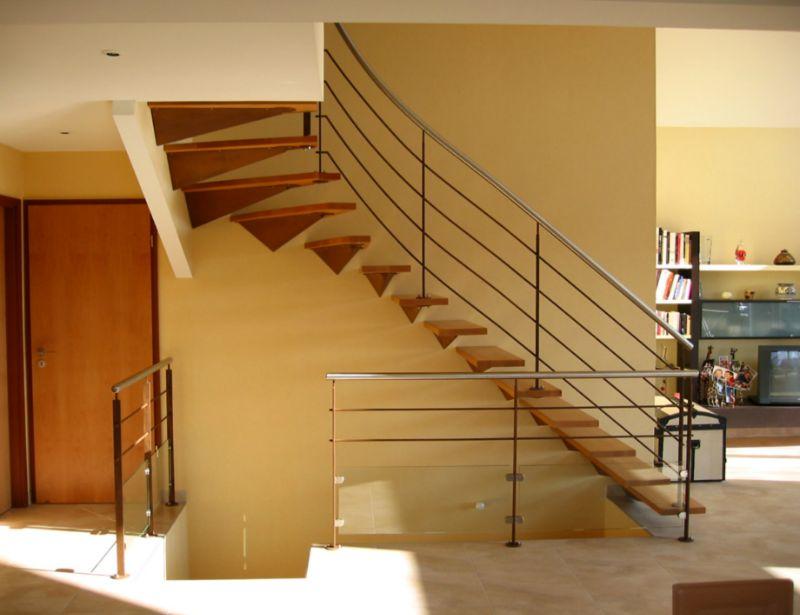 escalier droit puis tournant